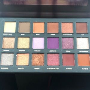 HUDA BEAUTY Makeup - Huda desert dusk eyeshadow palette